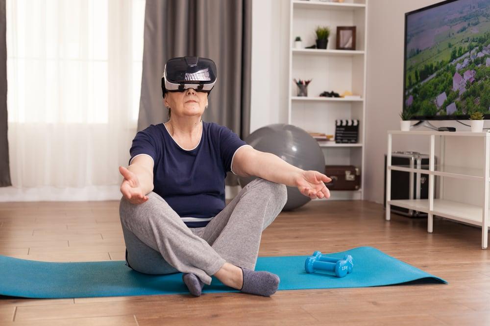 meditating-with-vr-headset-6GE2J3S