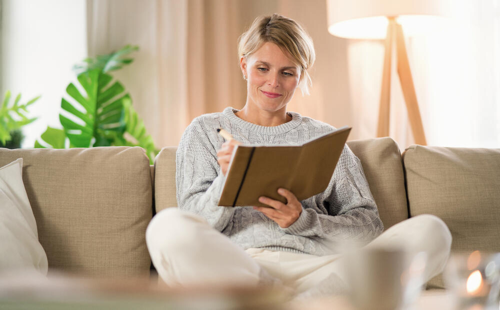 portrait-of-woman-relaxing-indoors-at-home-mental--5G9B3BZ