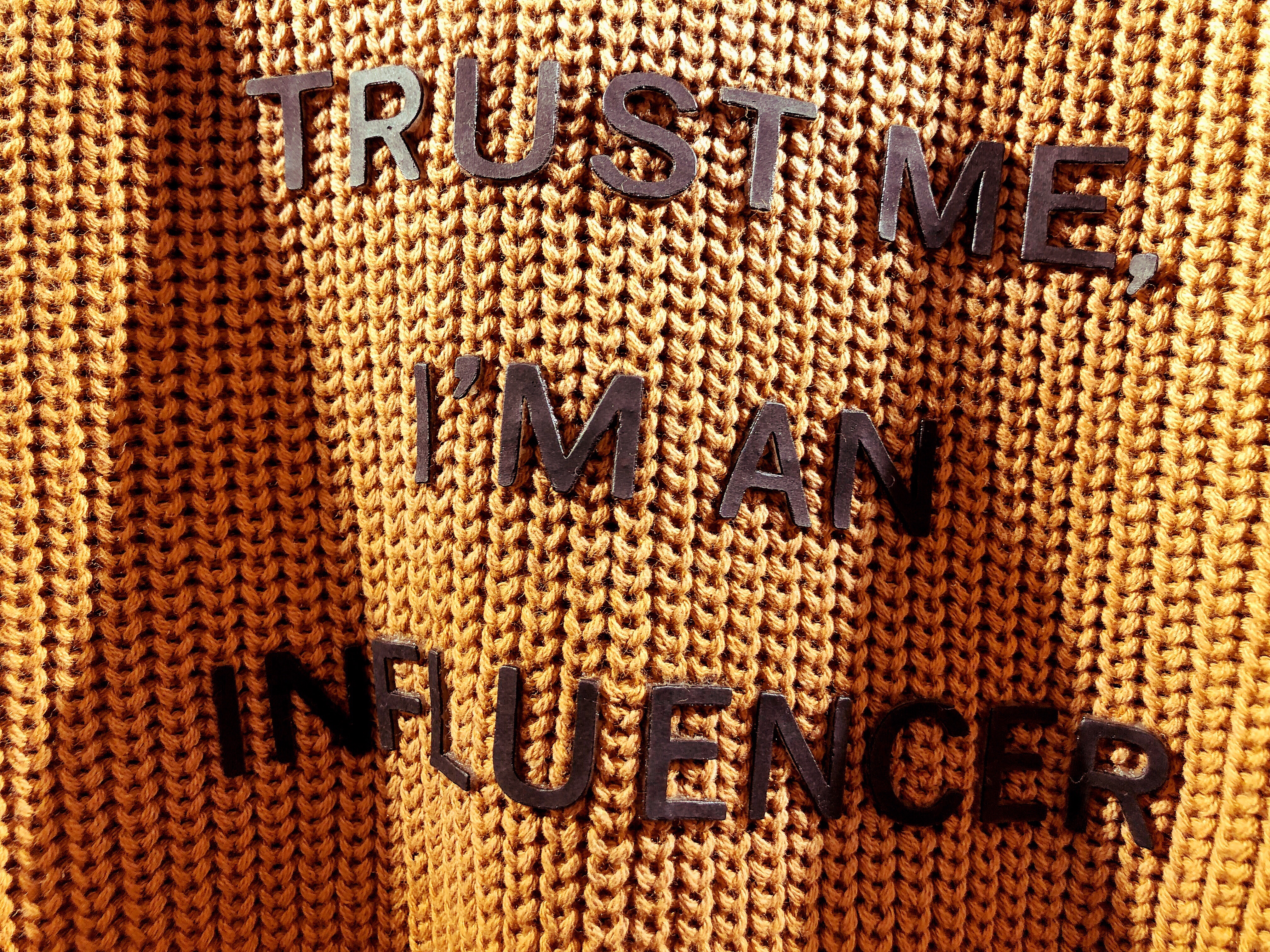 trust-me-i-m-an-influencer-influencer-influencer-influence-influential-words-on-sweater-words-in-the_t20_V7zG3l