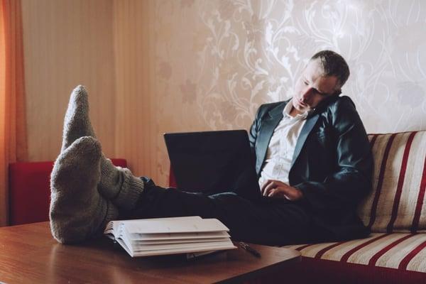 work-from-home-online-freelance-remote-job-during-the-coronavirus-crisis-quarantin-company-employee_t20_VW1Jn7